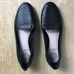 Vince Camuto 6.5B Black Leather Laser Dot Flats